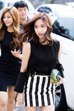 Mina the goddess Kpop Girl Groups, Korean Girl Groups, Kpop Girls, Nayeon, Penguin World, My Girl, Cool Girl, Twice Korean, Myoui Mina