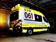 BUENAS NOCHES, BUENA GUARDIA desde ZARAGOZA  http://www.ambulanciasyemergencias.co.vu/2015/11/ZARAGOZA.html #ambuiberica #ambulancia #Zaragoza #061 #Aragon #sva #svb #vehiculoecologico #tes #tts #summa