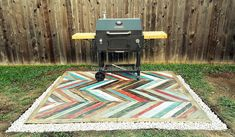 Recycled Pallets Wooden Garden Deck: Those who love creativity and they are blessed with a creative mind can adorn their home in a good way for which there are Old Pallets, Pallets Garden, Recycled Pallets, Wooden Pallet Projects, Pallet Ideas, Wood Path, Chair Design Wooden, Backyard Projects, Backyard Ideas