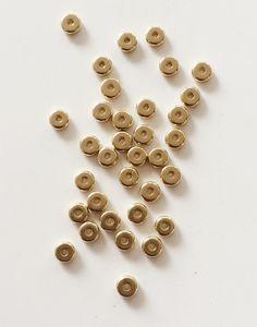 Lot de 50 perles intercalaires rond en laiton brut : Perles en Métal par…