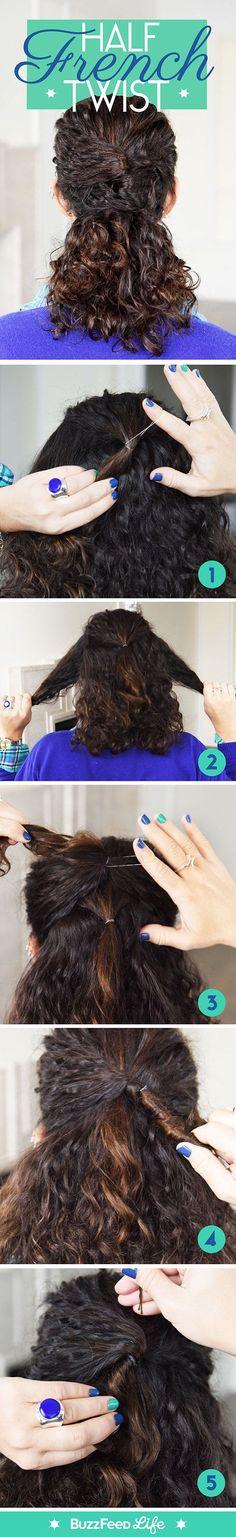 Prenda o cabelo em um meio-torcido francês para um look ~chique~. | 17 penteados lindos para cabelos naturalmente cacheados