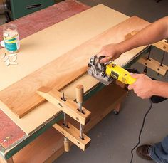 10 Tricks for Tighter Joints By Luke Hartle 1. Cauls distribute pressure It's not easy to get enough squeeze in the middle of a big box to force home dado or biscuit joints. Big cauls are the answer.  A caul is simply a thick, straight board. I make my cauls from stiff wood, such as hard maple, but any wood will do. The wider and thicker the caul, the less …
