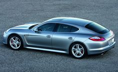 Porsche Panamera to arrive in style...
