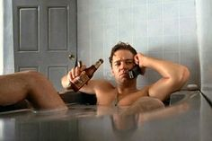 One of my favorites...Russell Crowe a/k/a Frank Finney... What's that, Danni? You need to see me in the nude?