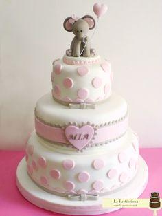 torta per il battesimo con elefantino e palloncino a forma di cuore