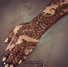 Khafif Mehndi Design, Floral Henna Designs, Henna Art Designs, Modern Mehndi Designs, Mehndi Designs For Girls, Mehndi Style, Mehndi Design Pictures, Wedding Mehndi Designs, Dulhan Mehndi Designs