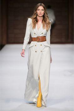Elisabetta Franchi #VogueRussia #readytowear #rtw #fallwinter2018 #ElisabettaFranchi #VogueCollections