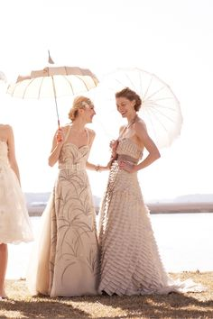 Umbrellas and parasols are the perfect finishing touch for any wedding, event or photo shoot. So find them for rent and/or sale at splendorforyourguests.com!  Splendor for Your Guests | Rental Company | Weddings | Events | Shawls | Blankets | Umbrellas | Parasols | Fans