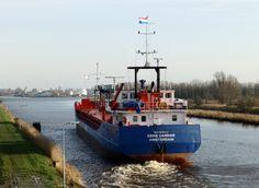 Voormalige Koerier  30 december 2015 op het Eemskanaal onderweg vanuit Foxhol  met als bestemming Stettin (Polen) http://koopvaardij.blogspot.nl/2015/12/voormalige-koerier.html