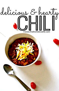 Mmmm...Is there anything more satisfying than a bowl of steamy hot chili on a cold winters night?! Beefy, beany, just the right amount of spice...It's actually really hard to find a good chili recipe.