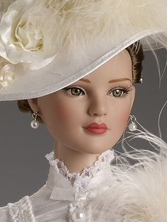 "She'd be fun to make clothing for--- Victorian Romance | Tonner Doll Company - 22"" American Models Collection."