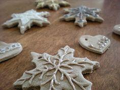 The Crafty Tortoise: Christmas Ornament Tutorial