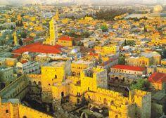 Jerusalén, la capital religiosa del mundo, el lugar más venerado de la Cristiandad...