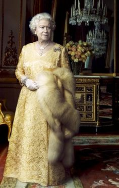 Queen Elizabeth pics by Annie Leibovitz - Google Search