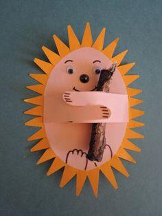 October Drop-In Craft Animal Crafts For Kids, Paper Crafts For Kids, Projects For Kids, Art For Kids, Art Projects, Arts And Crafts, Autumn Activities, Craft Activities, Hedgehog Craft
