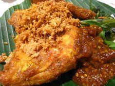 Chicken Penyet (ayam penyet)