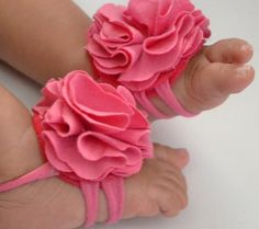Top 10 Best Barefoot Sandals For Newborns and Babies | Disney Baby