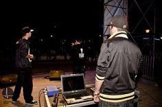 Viano, Pekado y PPK rapeando durante su actuación en la segunda jornada de Actúa Málaga.
