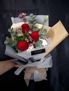 #HappyValentine #2018情人节 #最浪漫的一天 #214 #情人节玫瑰花束 #鲜花 #满天星 #进口花 #欧式 #韩式 #设计 #预订 #手花 #HandBouquet #Babybreath #Rose #JohorBahru #Johor #JohorJaya #Florist #FloristShop #FlowerShop #KedaiBunga #小天使花屋 #AngelFloristGiftCentre #新山花店 #花店 #新山 #柔佛 07-3546142 #Wechat #WhatsApp 010-6608200