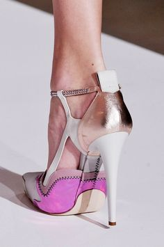 Jil Sander pink, white, metallic heels with strap Cute Shoes, Me Too Shoes, Jimmy Choo, Giuseppe Zanotti, Shoe Boots, Shoes Heels, Louboutin, Pumps, Platform Stilettos