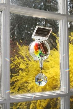 a193f2abdc5d Amazon.com  Kikkerland Solar-Powered Rainbow Maker  Home   Kitchen