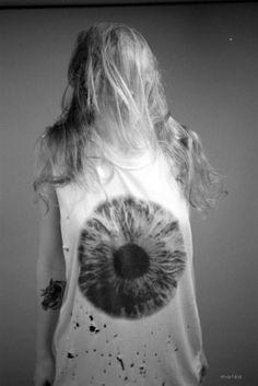 gonna make an eyeball shirt like this. minus the gross blood looking stuff.