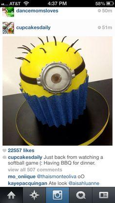 Despicable Me cupcake!!
