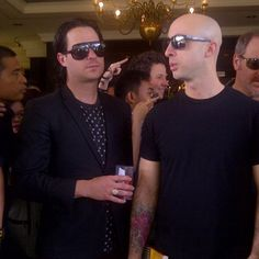 Image shared by florine. Find images and videos about simple plan, pierre bouvier and david desrosiers on We Heart It - the app to get lost in what you love. Simple Plan, Im Addicted To You, Paramore, Image Sharing, Music Bands, Cute Boys, Find Image, We Heart It, Mens Sunglasses