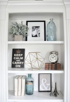 30 Bücherregal Styling Tipps Ideen und Inspiration 30 Bookshelf Styling Tips Ideas and Inspiration # Room Decor, Room Inspiration, Decor, Bookcase Decor, Apartment Decor, Bookshelf Decor, Decorating Shelves, Shelf Decor, Home Decor