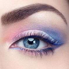 The eyes have it: I'm officially #obsessed with @Pantone's #ColorOftheYear picks...