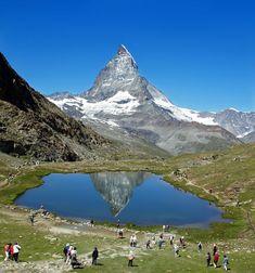 マッターホルン 4,778m(アルプス山脈 スイス、イタリア)