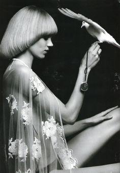 Retro 70s haircut