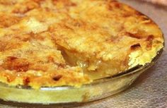 Υλικά    1 κιλό αλεύρι που φουσκώνει μόνο του  1 φλιτζάνι ταχίνι  1-1½ χυμό πορτοκαλιού (η όσο πάρει)  ½ φλιτζάνι ζάχαρη  ½ φλιτζάνι κονιάκ  ξύσμα από 1 πορτοκάλι    για τη γέμιση  5-6 μήλα, στο τρίφτη  ½ φλιτζάνι ζάχαρη  ½ φλιτζάνι καρύδια χονδροκοπανισμένα  1 φλιτζάνι σταφίδα ξανθιά  1 κουτ.