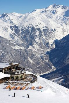 Our editor finds purist pleasures in the French Alps resort - travel ideas and inspiration on HOUSE by House & Garden. Menorca, Ski Europe, La Provence France, Places To Travel, Places To Visit, Luxury Ski Holidays, Chamonix Mont Blanc, Ski Season, Destinations