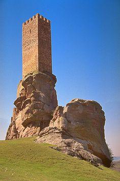 Torre del Homenaje Del Castillo de Zafra. Campillo de Dueñas, in Guadalajara, Spain.