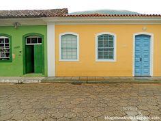 casa açoriana ribeirao da ilha - Pesquisa Google