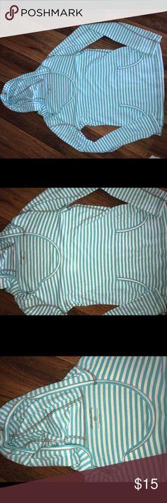 Eddie Bauer Hooded top Size Medium M In great condition only worn a few times. Eddie Bauer Tops Sweatshirts & Hoodies