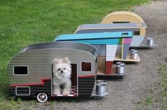 I love every one of these dog 'trailer' models! wouldn't it be way cool to have a doggie trailer park? https://www.facebook.com/design.fanpage.it/photos/pcb.589927387777868/589927184444555/?type=1