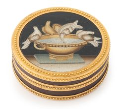 A Louis XVI gold, lacquer and micromosaic circular box , Paris, 1780 | sotheby's