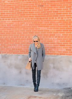 OVERSIZED GREY COAT : rystal Schlegel  waysify