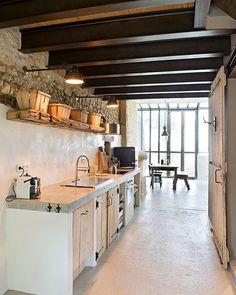 Get Inspired, visit: www.myhouseidea.com @mrfashionist_com @travlivingofficial #myhouseidea #interiordesign #interior #interiors #house #home #design #architecture #decor #homedecor #luxury #decor #love #follow #archilovers #casa #weekend #archdaily #beautifuldestinations