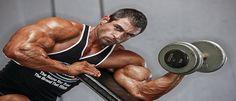 Biceps trainen - in dit artikel zetten we uiteen wat de do's en don'ts zijn van de biceps trainen.