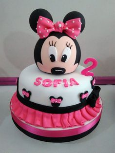 Reposteria San Diego - Tortas, Ponques, Torta Negra Envinada 375-0548 Minni Mouse Cake, Minnie Mouse, San Diego, Disney Characters, Desserts, Food, Food Cakes, Tailgate Desserts, Deserts