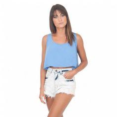 Uma cropped soltinha e básica, pra quem ama um look mais cool e comfy! Perfeito para usar com peças de cintura mais alta!!!! #basico #moda #modafeminina