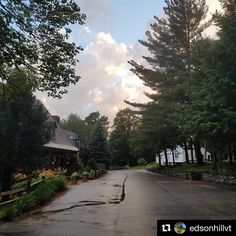 #Repost @edsonhillvt ・・・ All is quiet and the clouds are rolling in. Coming soon to Edson Hill: #autumn #edsonhill #stowelocal