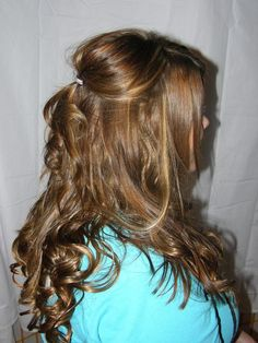 Not ready to take the heat produced by your curling rod? Never mind, we have a better solution for you! Try our curly hair extensions available in different colors and lengths. Don't worry if tight curls don't suit you as we have got extensions with loose curls for you as well for we offer all that you wish for! You don't have to spend hours on your hair anymore! Go for curly and look bubbly!  http://buyhairextensionsonline.com.au/