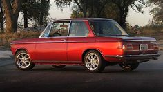 Another of my hope to own some days: early 70's BWM 2002 tii (I'd prefer a pre-1974, but this one with the slim euro-bumpers would be just fine).