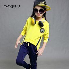 $22.99 (Buy here: https://alitems.com/g/1e8d114494ebda23ff8b16525dc3e8/?i=5&ulp=https%3A%2F%2Fwww.aliexpress.com%2Fitem%2FClothing-Set-Kinder-Trainingspak-Roupas-Infantis-Menina-Kids-Character-Clothing-Casaco-Feminino-Mini-Rodini-Children-Bobo%2F32688638819.html ) Clothing Set Kinder Trainingspak Roupas Infantis Menina Kids Character Clothing Casaco Feminino Mini Rodini Children Bobo Choses for just $22.99