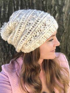 Crochet Slouchy Beanie Pattern, Beanie Pattern Free, Slouchy Beanie Hats, Beanies, Free Pattern, Crochet Crafts, Free Crochet, Crochet Baby, Crochet Projects