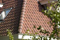 Keramische dakbedekking voor duurzame onderhoudsvriendelijke dakpannen met een lange levensduur. Panmodel: OVH
